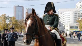 Oleg Sokolov wear 1812 Russian military uniform