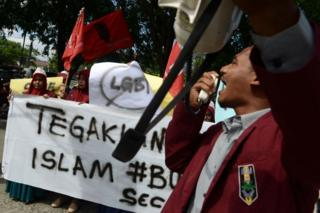 demo anti lgbt