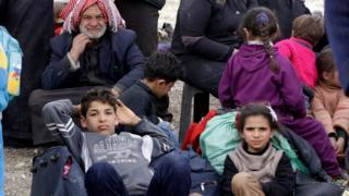 مدنيون نازحون من الغوطة في 18 مارس/آذار 2018