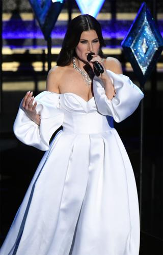 in_pictures Idina Menzel singing