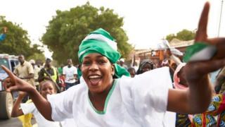 Une militante de Issa Sall dans la ville de Thiès