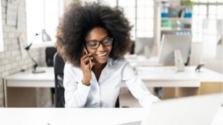 Pourquoi certaines offres d'emploi dissuadent les femmes de postuler?