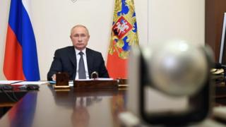 coronavirus vaccine Vladimir Putin