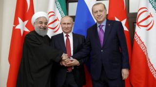 Soçi Zirvesi üç lider el sıkışıyor