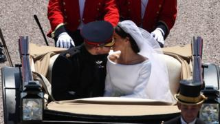 Свадьба принца Гарри и Меган Маркл - проезд в карете
