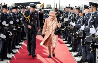 in_pictures Queen Elizabeth II passes a guard of honou