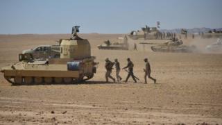 قوات عراقية مسنودة بقوات الحشد الشعبي قرب الحويجة