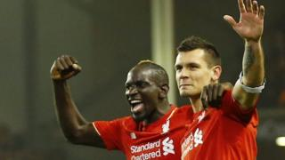 Abakinnyi b'inyuma ba Liverpool Mamadou Sakho na Dejan Lovren bombi batsinze ibitego Dortmund