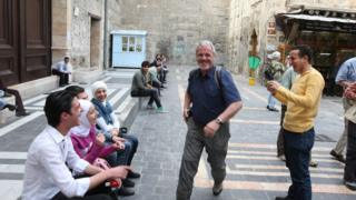 أرشيف- سائحون في دمشق عام 2010