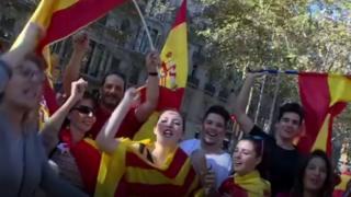 متظاهرون يحتشدون دعما للوحدة الإسبانية في برشلونة