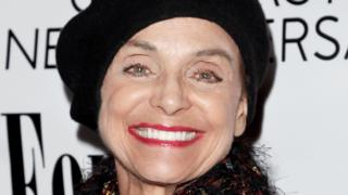 Valerie Harper: Tributes paid to Mary Tyler Moore Show star