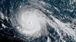 大西洋上にある「ハリケーン・イルマ」の衛星写真(5日夜)
