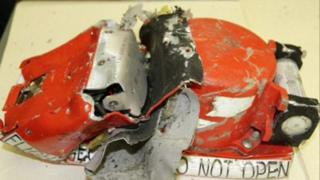 Badly-damaged flight recorders from FlyDubai Boeing 737-800