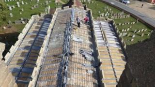 El techo sin la cubierta de plomo