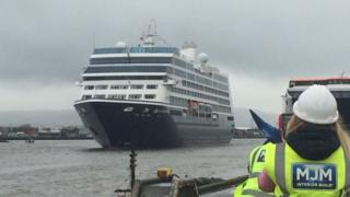 Cruise ship Azamara Pursuit