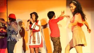 नाटक का एक दृश्य
