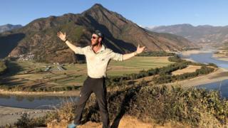 Adventurer Ash Dykes finishes 4,000-mile river Yangtze trek