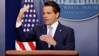 広報部長に選ばれホワイトハウスで初会見するアンソニー・スカラムーチ氏(21日)