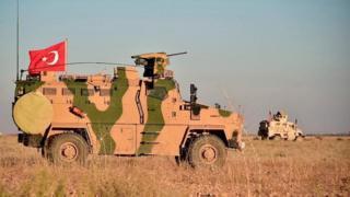 Suriye'de devriye gezen Türk ve Amerikan güçleri