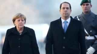 La chancelière allemande Angela Merkel a accueilli le Premier ministre tunisien Youssef Chahed, le 14 février 2017 à Berlin.