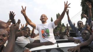 Il leur ait reproché d'avoir commenté et rendu public une déclaration du Président Ouattara sur les prisonniers politiques.