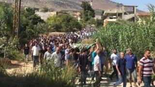 """مقتل رجل في لبنان بشبهة سبه """"الذات الإلهية"""" يثير غضبا عارما"""
