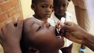 """Le Gabon est certifié """"pays libre de la polio"""" par l'OMS"""