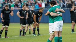 شادی بازیکنان ایرلند