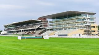 New stand at Cheltenham Racecourse