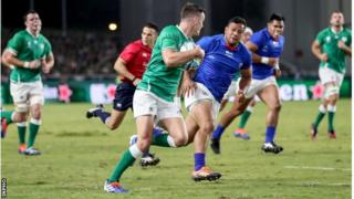 Johnny Sexton scoring a try for Ireland against Samoa on Saturday
