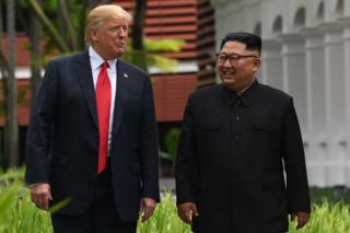 Трамп и Ким Чен Ын во время своей встречи. Июнь 2018 года.