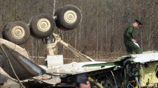 Место крушения самолета президента Польши Леха Качиньского под Смоленском