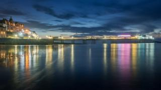 in_pictures Cromer pier