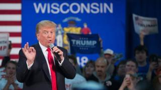 Donald Trump dando un discurso de campaña en Wisconsin en abril de 2016.