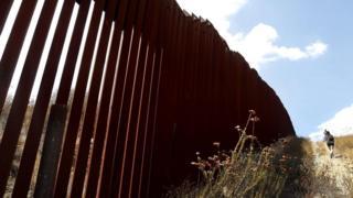 забор на границе с Мексикой