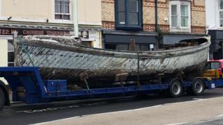 The Jane Hannah MacDonald III arriving in North Devon