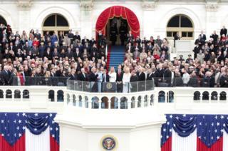 Donald Trump realiza su juramento el 20 de enero de 2017 para convertirse en el presidente 45º de Estados Unidos.