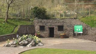 Taff's Well thermal spring