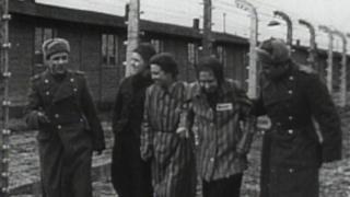 советские солдаты в Освенциме