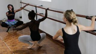 Kenyan student and ballerina Njoki Wairua trains young girls during a dance class in Nairobi, Kenya - Saturday 24 September 2016