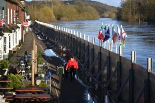Flood defences in Bewdley
