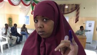 Raia wa Somaliland wakipiga kura
