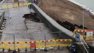 Crack on Portsmouth flood defence wall