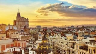 Techos de Madrid al atardecer
