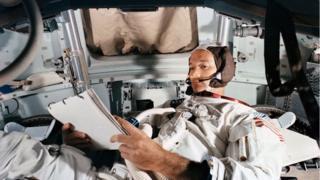 अपोलो-11 अंतरिक्ष यात्री माइकल कोलिंस