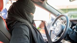قيادة السيارة للنساء في السعودية