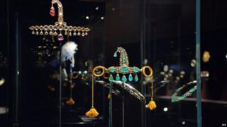 वेनिस में लगी प्रदर्शनी में 16वीं से 20वीं सदी के भारतीय गहने रखे गए थे