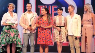 Scarlett Moffat and Steps on Host the Week