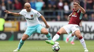 Le premier but de West Ham a été inscrit par l'Algérien Sofiane Feghouli.