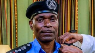 Aarẹ Buhari ati adele ọga ọlọpaa Adamu
